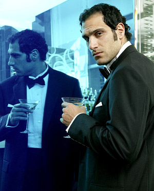 Marko Zaror in Mandrill