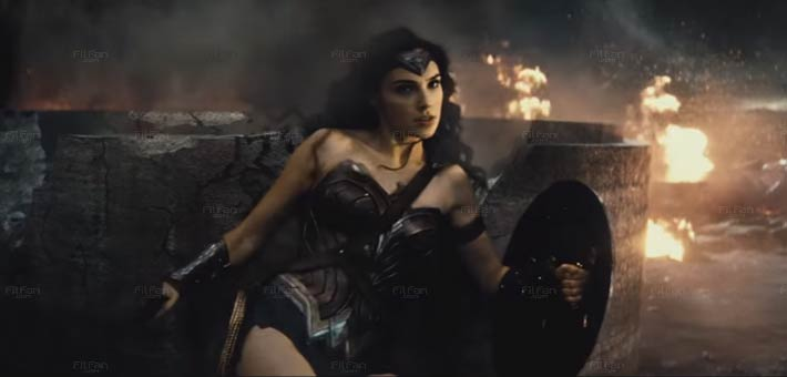 Wonder Woman Dawn of Justice costume too dark